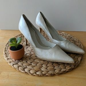 Rampage cream heels size 7.5 good used condition